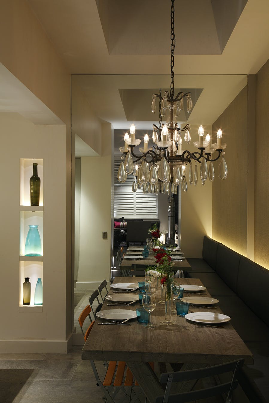 syon spotlight lights void over dining table