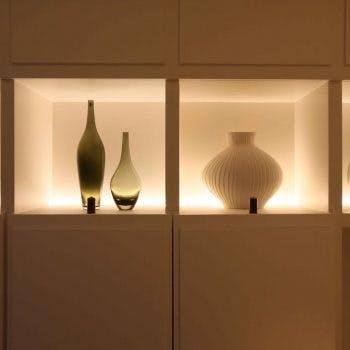 footlight shelf lighting in niches
