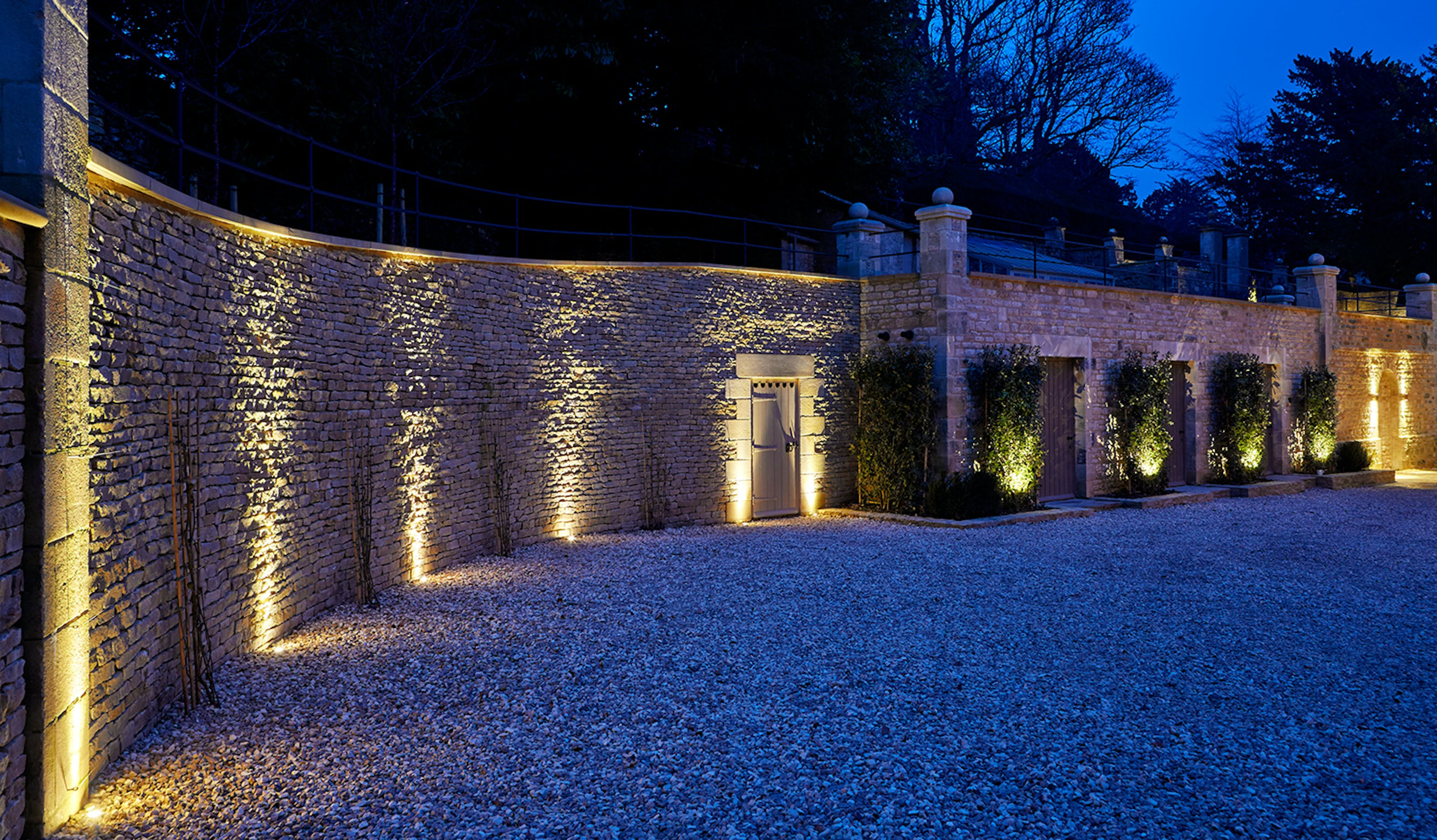 Cotswold driveway lighting
