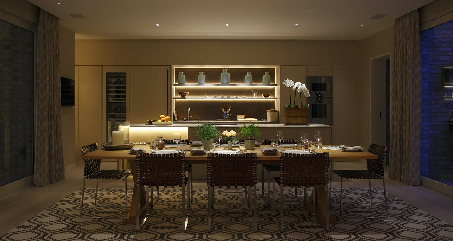 Lighting for intimate dining experience