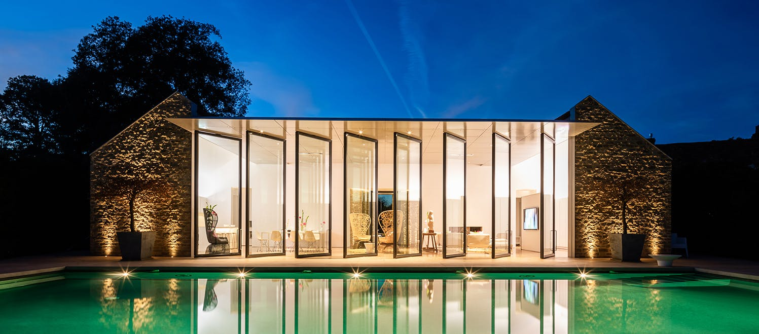 Outdoor swiming pool and pool house lighting design