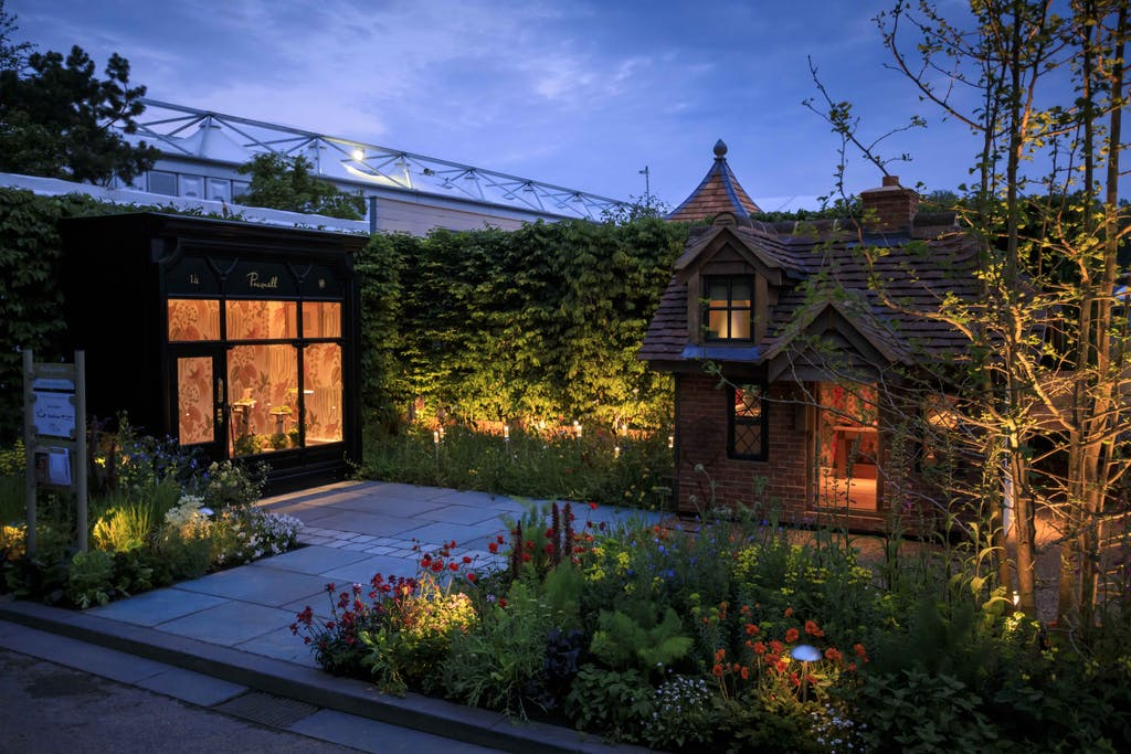 lighting of the wallgarden at chelsea flower show 2019